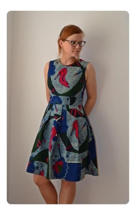 Kick-ass Mortmain dress by Inge Maakt